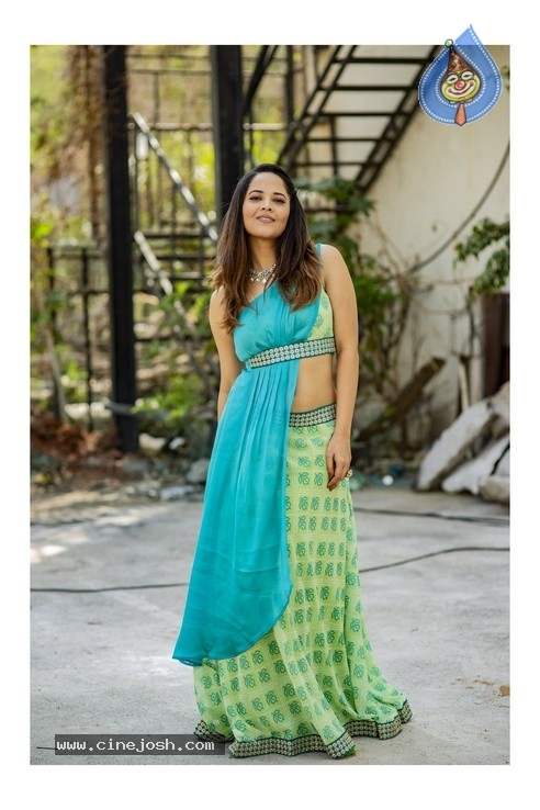 Anasuya Bharadwaj Photos - 3 of 11