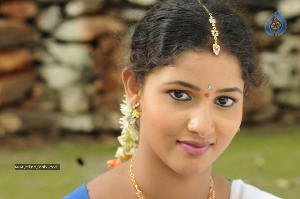 Greeshma Stills - 10 / 10 photos