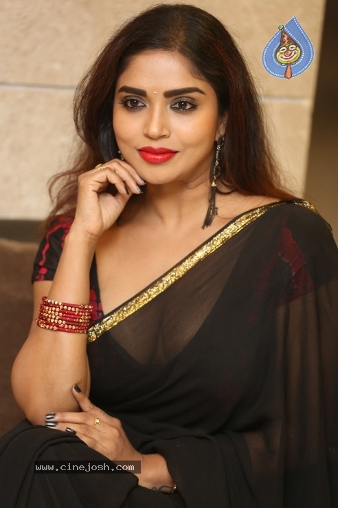 Karunya Chowdary Stills - 16 / 20 photos