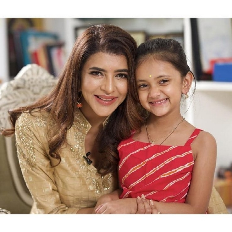 Lakshmi Manchu With Her Daughter - 3 of 3