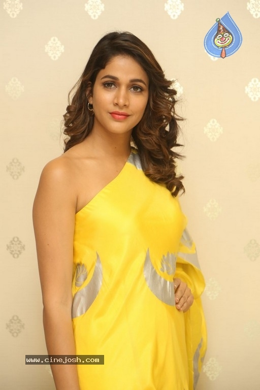 Lavanya Tripathi New Pics - 15 / 18 photos