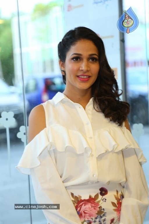 Lavanya Tripathi Photos - 6 / 24 photos