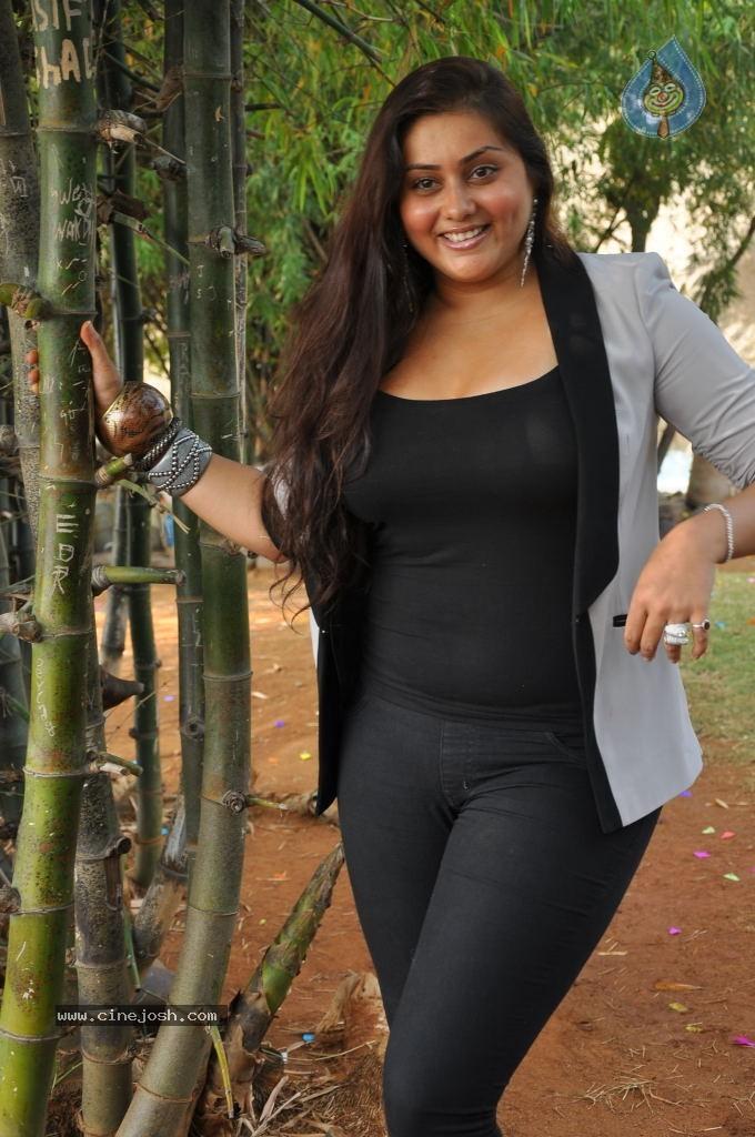 namitha-neud-photos