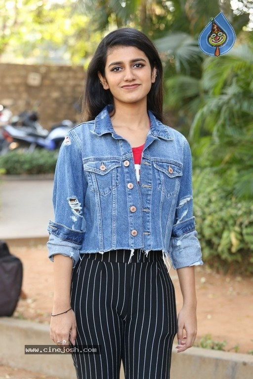 Priya Prakash Varrier Interview Photos - 10 / 21 photos