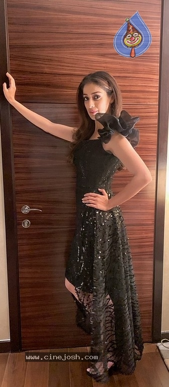 Raai Laxmi Latest Pics - 4 / 17 photos