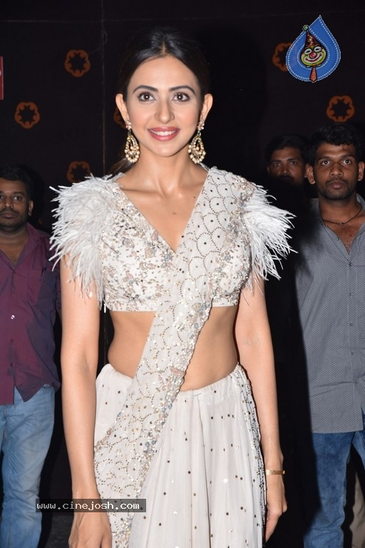 Rakul Preet at NGK Pre Release Event - 16 / 27 photos
