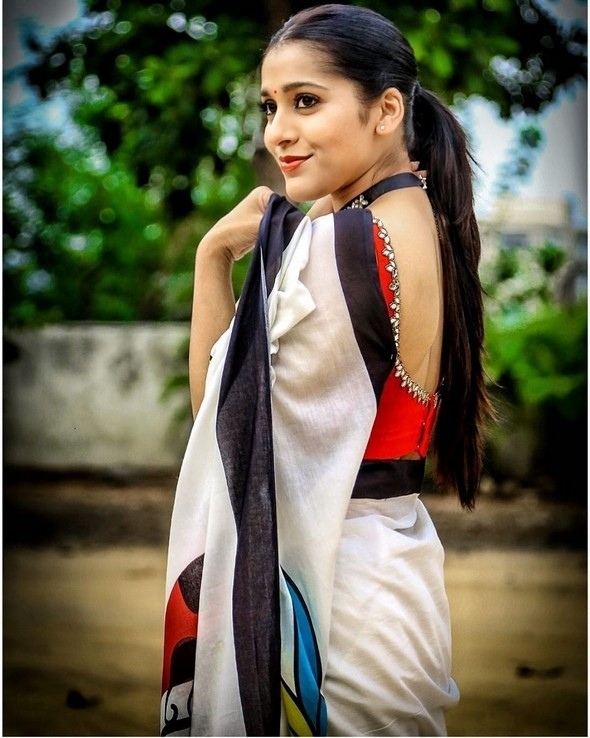 Rashmi Gautam Photos - 2 of 9
