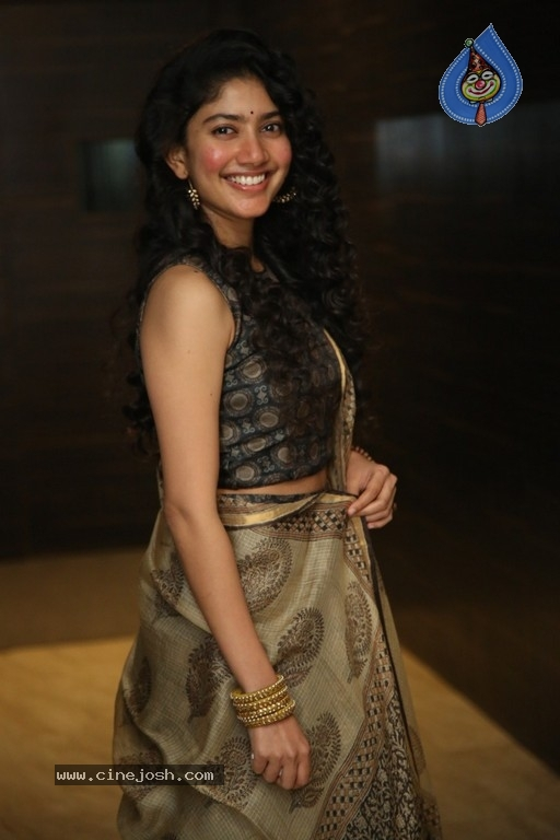 Sai Pallavi at NGK Event - 6 / 21 photos