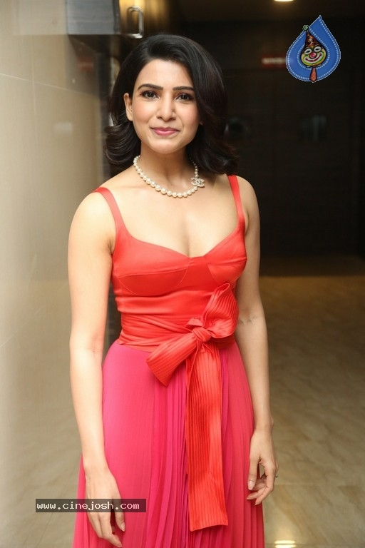 Samantha Akkineni Photos - 4 / 21 photos