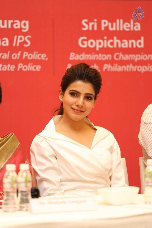 Samantha New Images - 18 / 42 photos