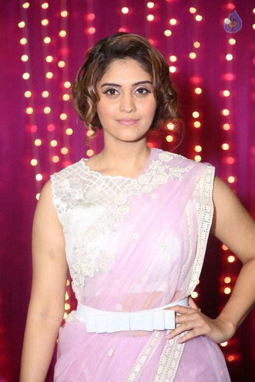 Surabhi at Zee Telugu Apsara Awards - 9 / 19 photos