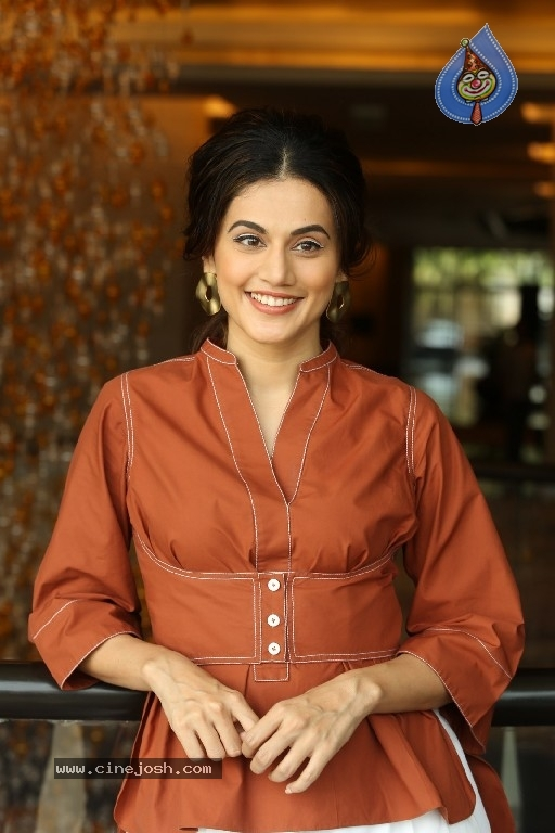 Tapsee Photos - 10 / 21 photos