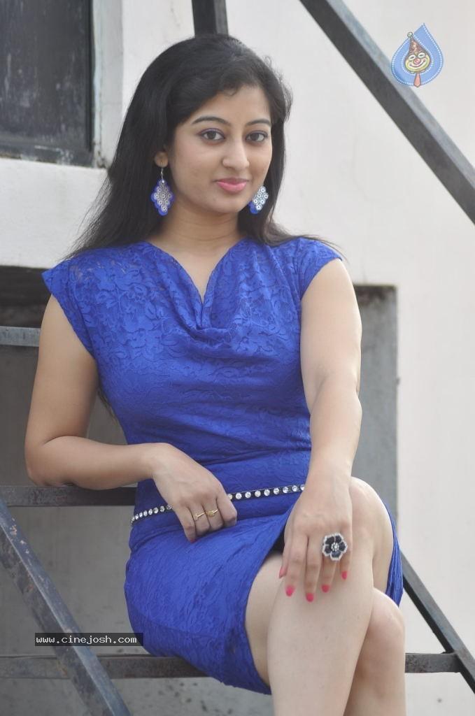 New Actress Tejaswini Hot Photos - HD Latest Tamil Actress