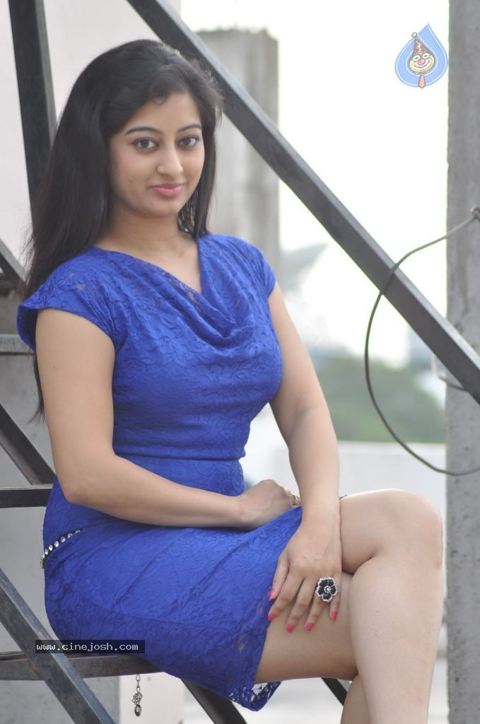Tejaswini Glamorous Photo Shoot Gallery - HD Latest Tamil