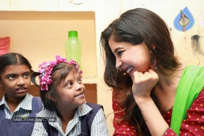 Actress Sakshi Agarwal visited Autism Affected Children Home - 5 of 7