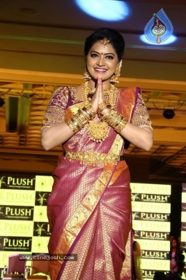 Santhoshi Plush Makeup & Hair Seminar Photos - 24 of 25