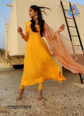 Adah Sharma Latest Pics - 2 of 6