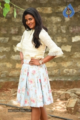 Aishwarya Rajesh Photos - 2 of 21