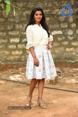 Aishwarya Rajesh Photos - 12 of 21