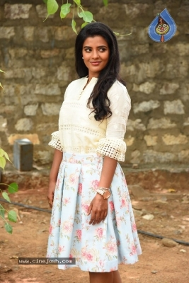 Aishwarya Rajesh Photos - 16 of 21