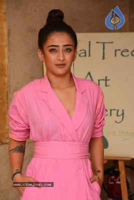 Akshara Haasan Gallery - 11 of 18