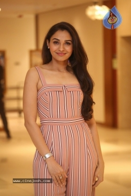 Andrea Jeremiah Photos - 6 of 20