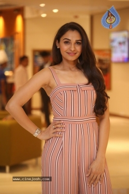 Andrea Jeremiah Photos - 9 of 20