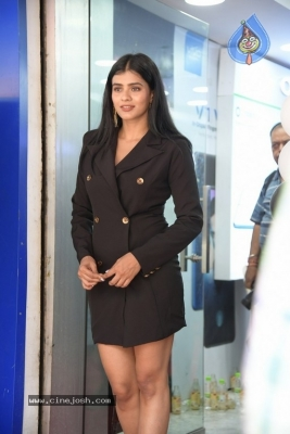 Hebah Patel Photos - 2 of 16