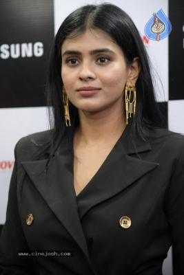 Hebah Patel Photos - 12 of 16