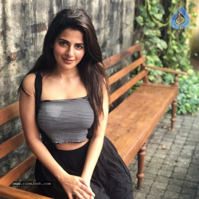 Iswarya Menon Photos - 2 of 5