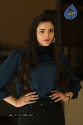 Kriti Garg Photos - 12 of 42