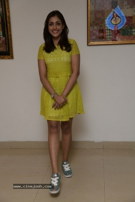 Madhu Shalini Photos - 9 of 9