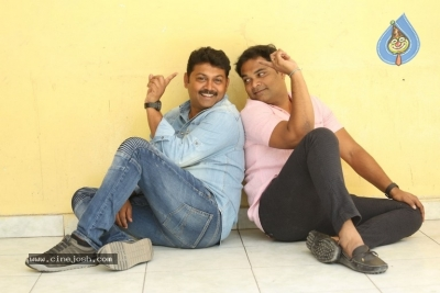 Madhunadan and Praveen Interview Photos - 21 of 21