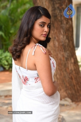 Nandita Swetha Photos - 12 of 20