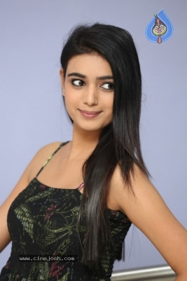 Neha Solanki Stills - 14 of 21