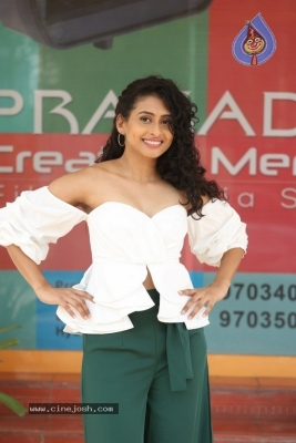 Nithya Naresh New Photos - 16 of 21