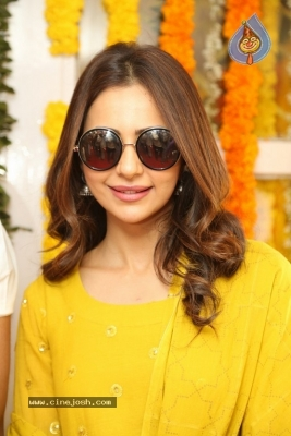 Rakul Preet Singh Photos - 7 of 19