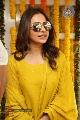 Rakul Preet Singh Photos - 17 of 19