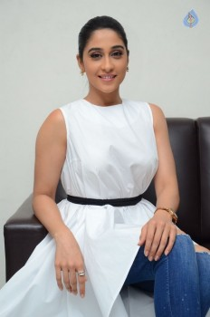 Regina Cassandra New Stills - 5 of 41