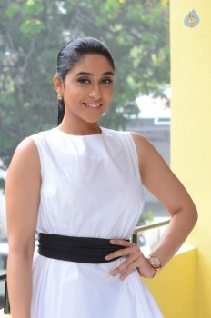 Regina Cassandra New Stills - 14 of 41