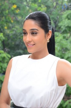Regina Cassandra New Stills - 16 of 41
