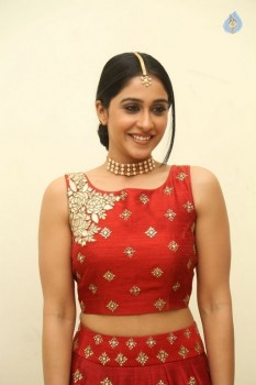 Regina Cassandra Photos - 6 of 41
