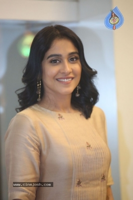 Regina Cassandra Photos - 14 of 21