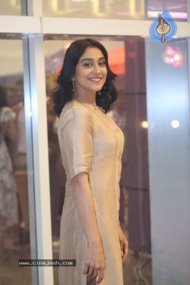 Regina Cassandra Photos - 16 of 21