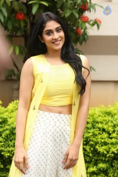 Regina Cassandra Photos - 9 of 61