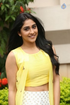 Regina Cassandra Photos - 15 of 61