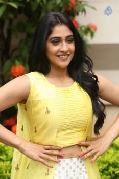 Regina Cassandra Photos - 18 of 61