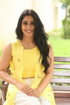 Regina Cassandra Photos - 19 of 61
