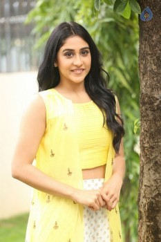 Regina Cassandra Photos - 23 of 61