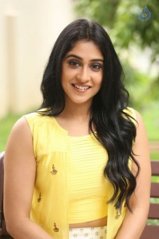 Regina Cassandra Photos - 24 of 61